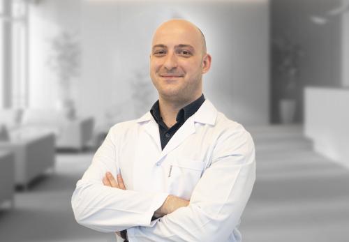 Dr. Valdrin Hajdari