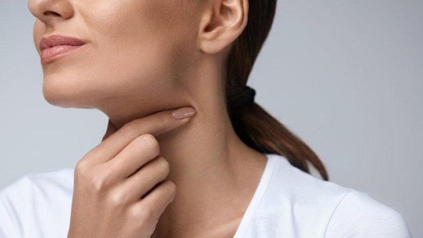 Bademcik İltihabı (Akut Tonsilit) nedir?  Bademcik İltihabı belirtileri nelerdir?